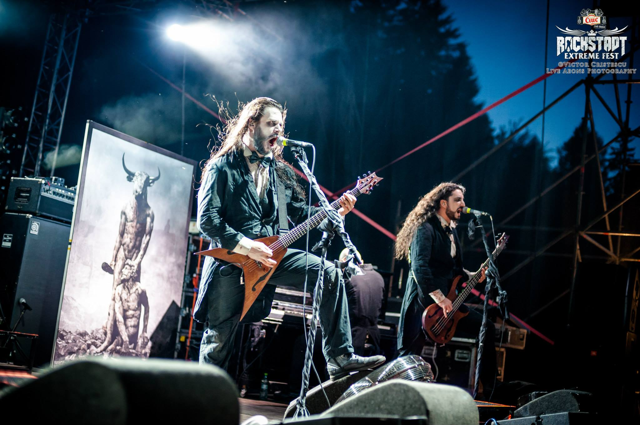 by Victor Cristescu | Live Aeons Photography (official photo)