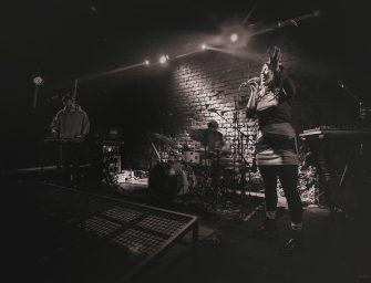 Braids în Control: despre aparenţe muzicale înșelătoare