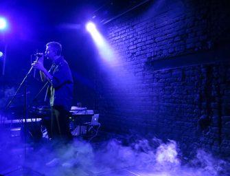 Jay-Jay Johanson în Control: despre maturizare muzicală