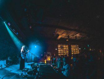 Marissa Nadler în Control: melancolie muzicală de toamnă